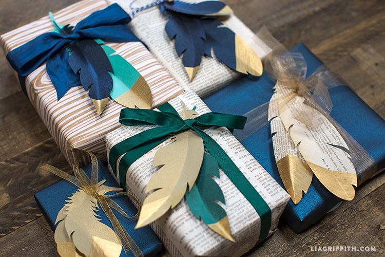 Gold_Dipped_Feather_Gift_Toppers